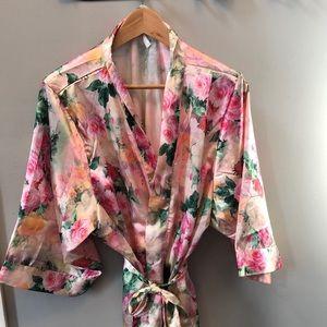 David's Bridal Floral Robe